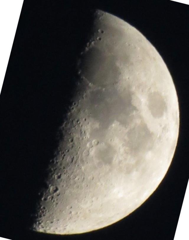Månen-2011-11-02-1